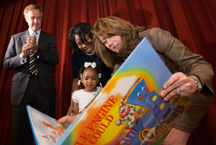 Former governor Bill Haslam (in a file photo) watched as former Tennessee First Lady Crissy Haslam (in a file photo) presented a book to young Tamera Tynes and mother Sierra Tynes as part of the Books From Birth program. (The Daily News)